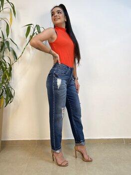 Calça Jeans Feminina Boy Destroyed